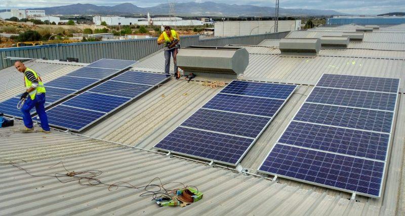 Placas solares nave empresa